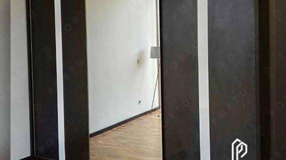 buat lemari pakaian sliding kombinasi cermin custom di Portu Interior