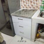 Laci Kabinet Dapur Sebagai Penyimpanan Alat Dapur Lebih Rapi