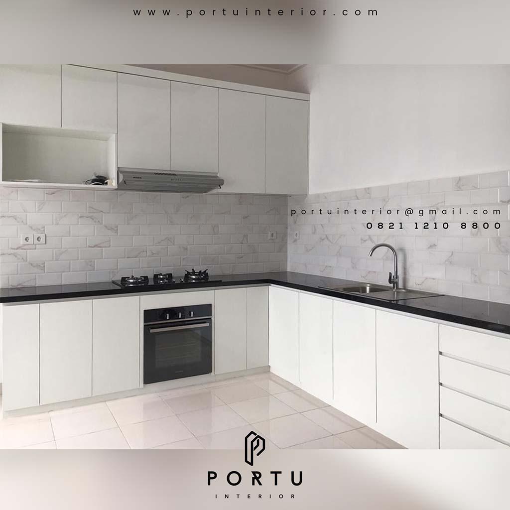 Kitchen Set Minimalis Warna Putih Cantik Di Summarecon