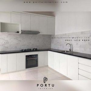 contoh kitchen set minimalis sederhana nuansa putih project di Bekasi id3423