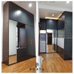 contoh lemari pakaian minimalis modern kombinasi cermin