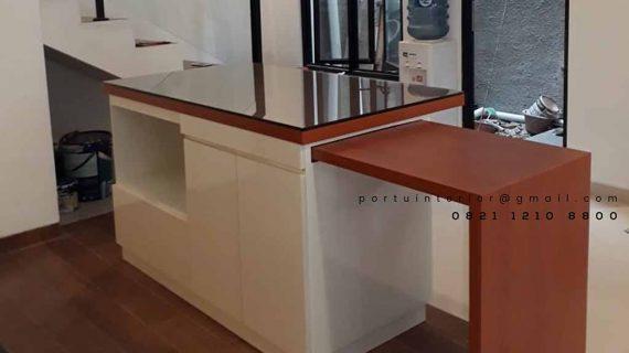 meja lipat minimalis dengan island di dapur