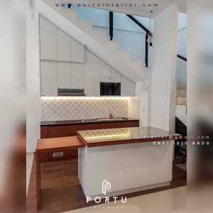 model kitchen set terbaru design minimalis by Portu Interior