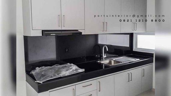Lemari dapur simpel dan kreatif by Portu Interior