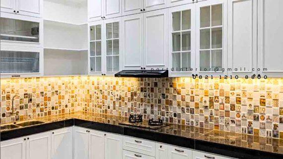 Referensi Lemari Dapur Semi Klasik Klien Kemang Pratama Regensi Bekasi