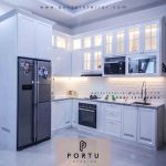 desain-kitchen-set-bentuk-L-finishing-duco-putih