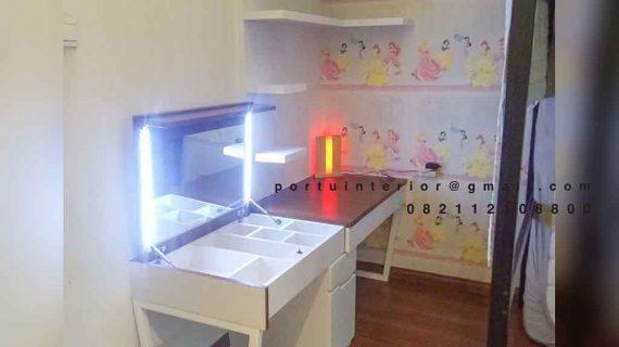 desain meja belajar minimalis bentuk i dengan ambalan gantung id4045