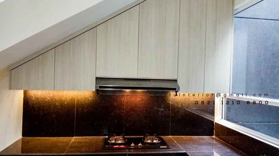 lemari dapur bawah tangga minimalis finishing hpl Portu Interior id3826