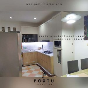 Hasil pasang kitchen Set Motif Serat kayu di Pamulang Tangerang id4426pt