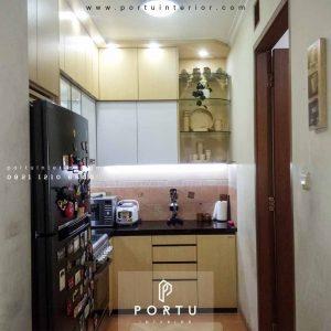 Kitchen Set Warna Putih Desain Minimalis Bintaro Sektor 4 Pondok Aren Tangerang Id4465P