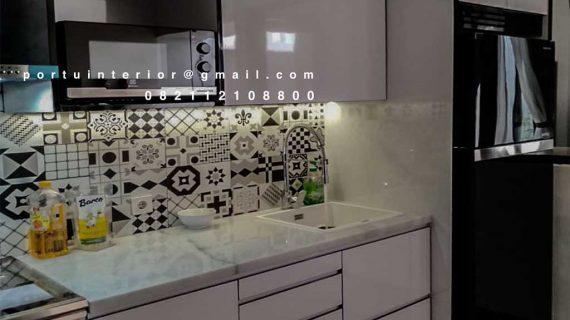 Menerima Jasa Buat Kitchen Set Warna Putih Custom desain dan model ID4362P