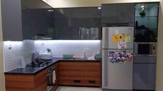 Harga Kitchen Set Warna Grey & Motif Kayu Perumahan Kalibata Timur Residence Pancoran Jakarta Id4703