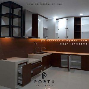 Kitchen Set Minimalis Warna Putih & Motif Kayu Perumahan Taman Alfa Indah Joglo Kembangan Jakarta barat id4641P
