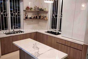 Kitchen Set HPL Finishing HPL Motif Kayu Tebet Timur Jakarta id4174P