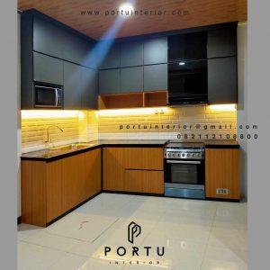 Buat Kitchen Set HPL Motif Kayu & Warna Grey Premier Park Cikokol Tangerang ID4373PT