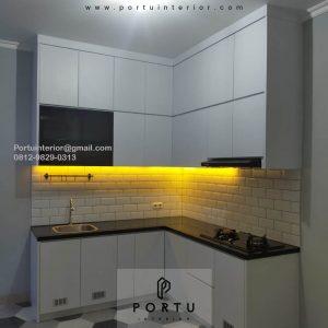 Kitchen Set Design Minimalis Putih Perumahan Villa Rizki Ilhami Kelapa Dua Tangerang Selatan Id4823