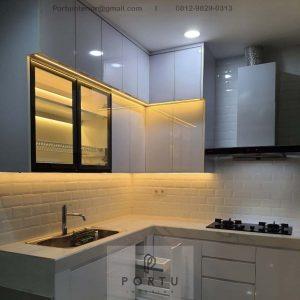 Jasa Kitchen Set Minimalis Putih Glossy Perumahan Vanya Park BSD Pagedangan Tangerang ID4801P