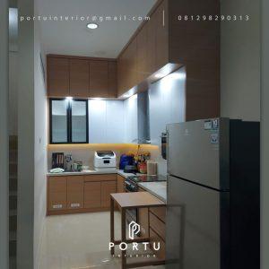 Model Kitchen Set Minimalis Motif Kayu & Putih Perumahan Taman Nyiur Sunter Agung Tanjung Priok Jakarta Id5051P